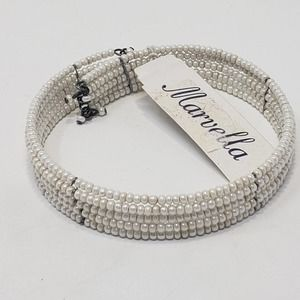 Marvella White Seed Beaded Memory Wire Bracelet Vintage Costume Jewelry New